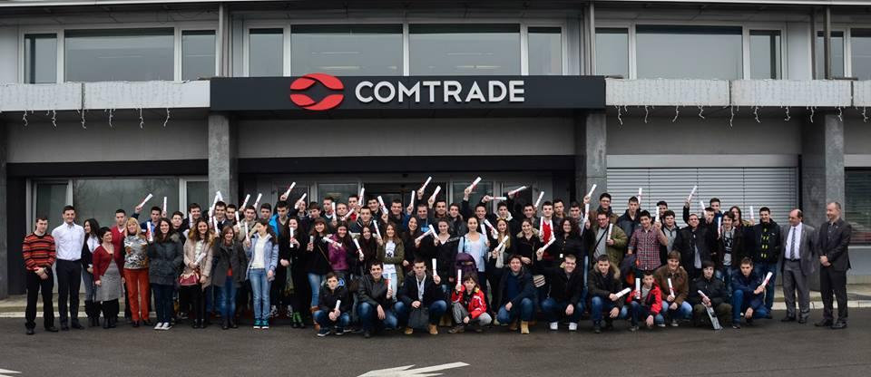 Učenici-zimske-škole-ispred-Comtrade